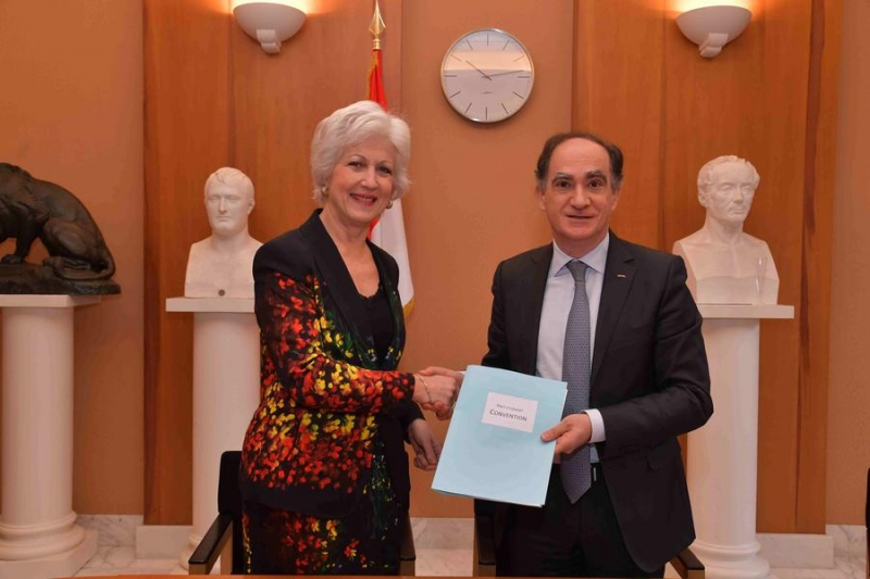 Signature of a Partnership Agreement between the Prince's Government and BNP Paribas Monaco