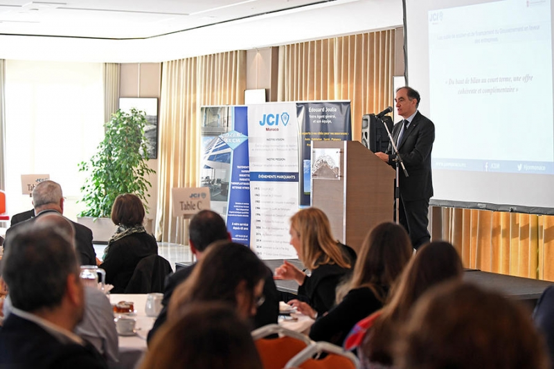 Jean Castellini is a Guest at a Breakfast Debate Held by the Junior Economic Chamber