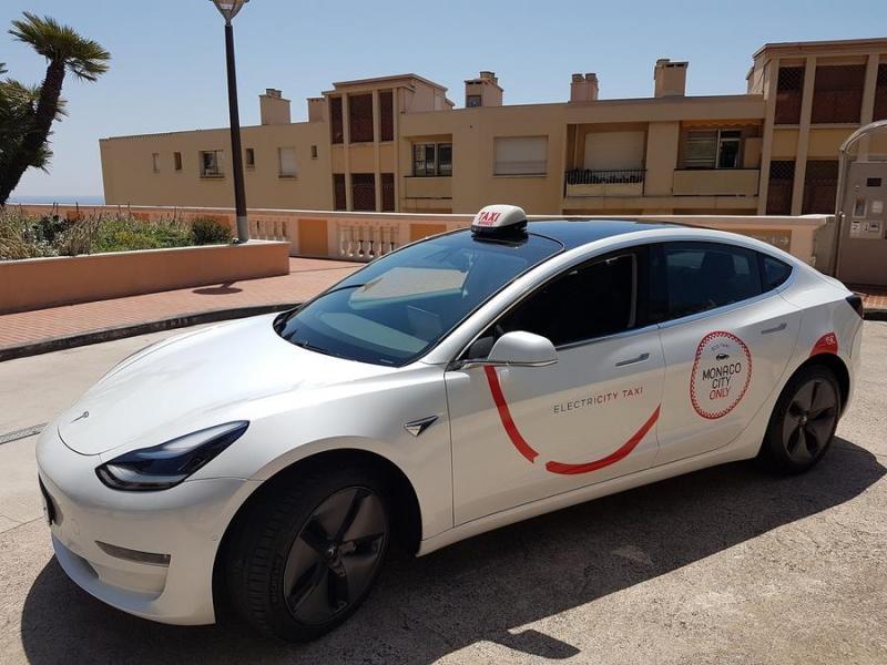 Mise en place d'une flotte de taxis électriques pour la saison estivale